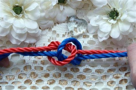 How to Tie a Love Knot for Wedding Ceremony   A love