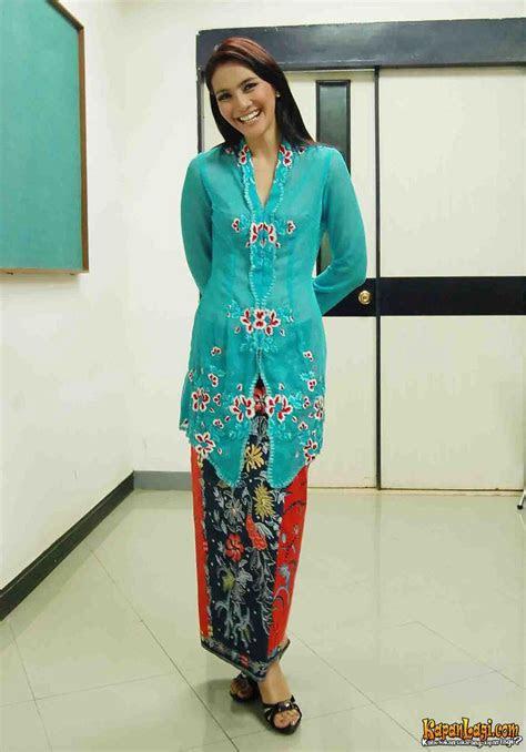 images  fashion peranakan costumes  pinterest