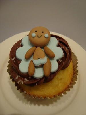 easter cupcakes fondant. fondant cupcake attic