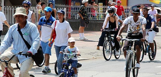 Con ciclopaseo por la ciudad, caleños le dirán no al reclutamiento de menores