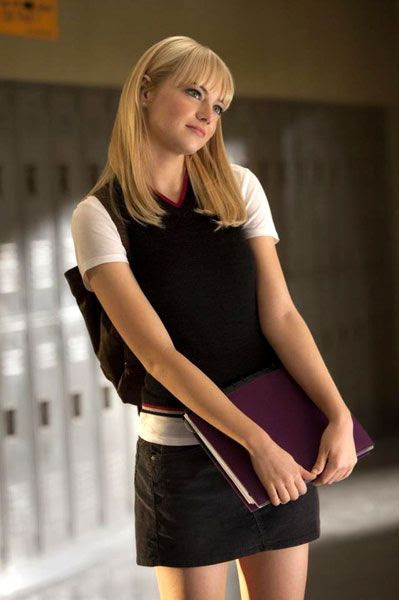 Gwen Stacy (Emma Stone) in THE AMAZING SPIDER-MAN.