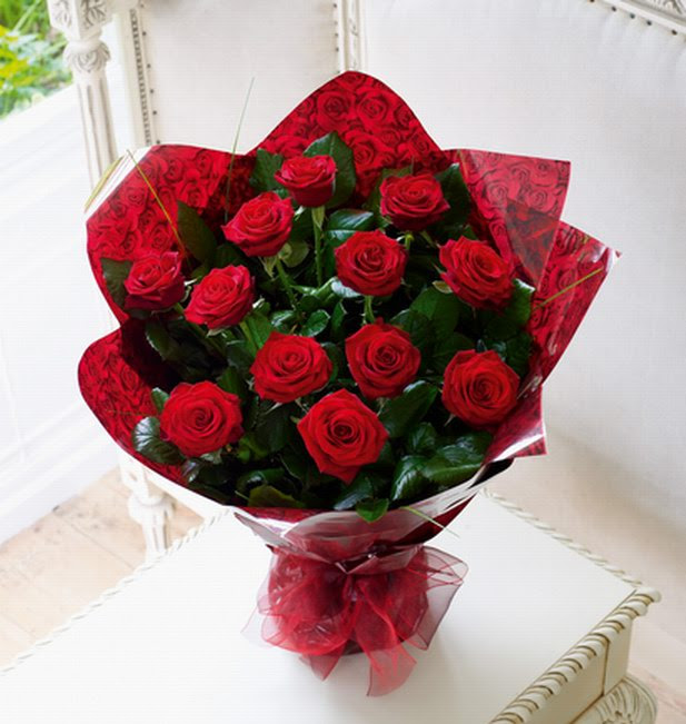 12 Red Rose Bouquet Delivery Without Additional Fees