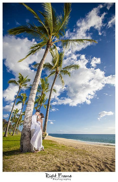 Wedding Photographer in Honolulu Hawaii   Jet by RIGHT