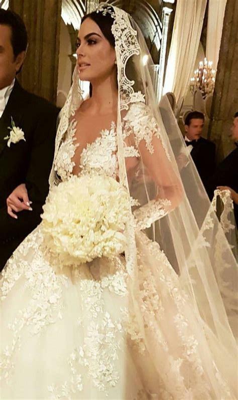 Ximena Navarrete bride   GEL?NLER   Wedding, Wedding veils