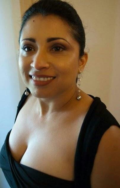 milf aunty erotic bigboobs