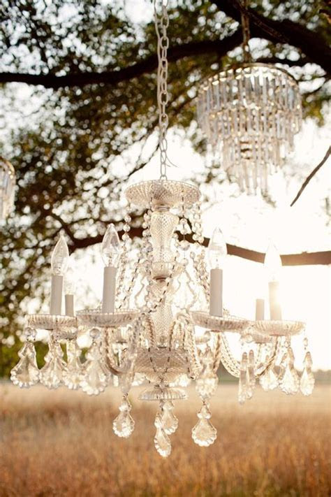 Vintage Wedding Decor Photo Shoot from Fancy Fray   The