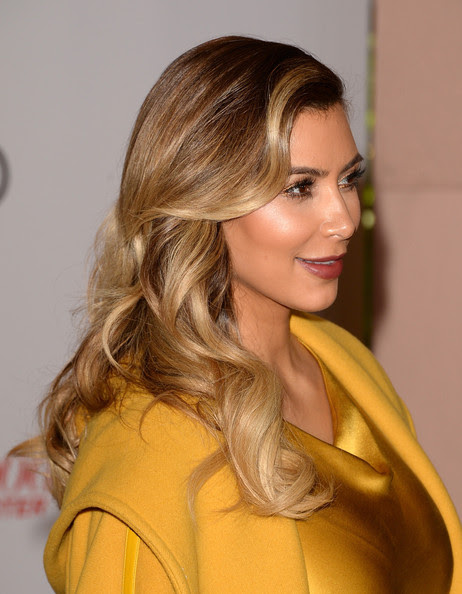 Kim Kardashian - Arrivals at the Women In Entertainment Breakfast