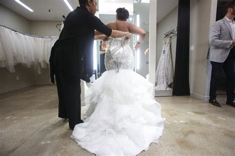 Dress Designers Add Options for Plus Size Brides   The New