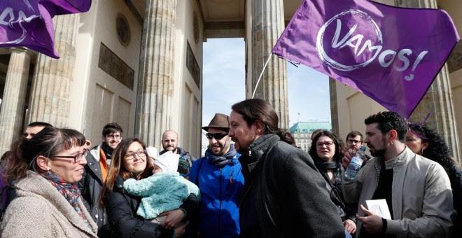 Pablo Iglesias, en la Puerta de Brandenburgo. EFE