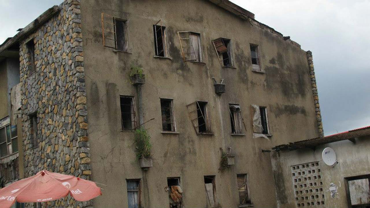 Vacate dilapidated barracks, AIG warns policemen