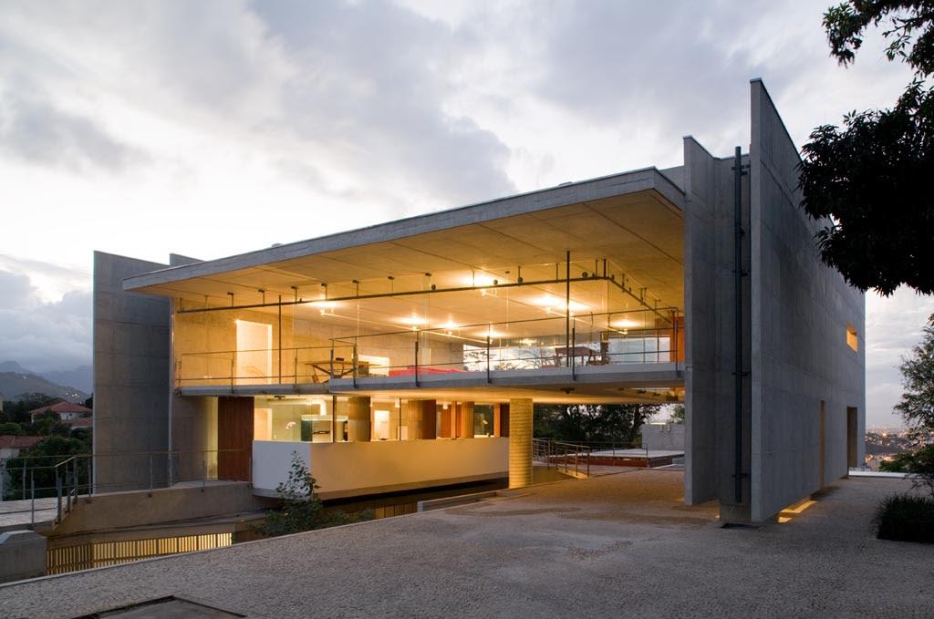Casa en Santa Teresa, SPBR Arquitetos