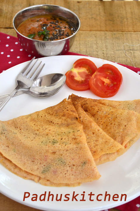 Thakkali dosa- tomato dosa