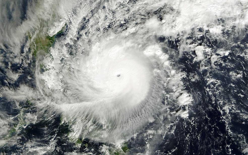 Resultado de imagem para Tufão Nock-Ten
