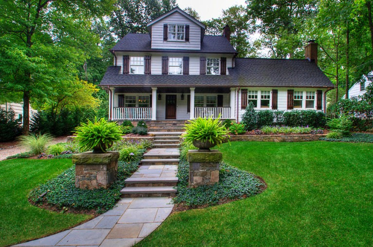 Simple Landscape: Photos of front yard landscaping