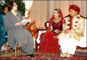 Yeh Zindagi...: A Woman Officiates at a Muslim Wedding...