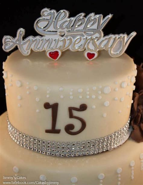 You have to see 15th Year Anniversary Cake on Craftsy!