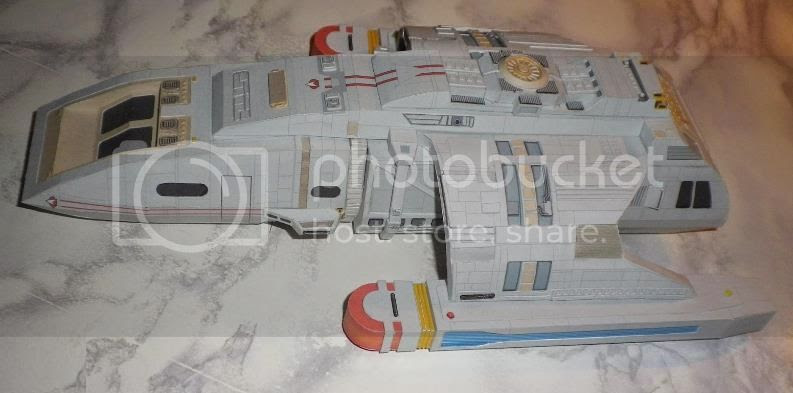 photo Loenf Runabout paper model via papermau 02_zpso2xcviyu.jpg