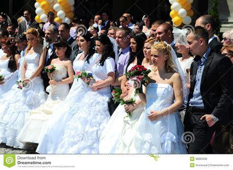 Group Wedding Ceremony Editorial Stock Photo   Image: 38063338