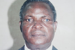 Veteran Zimbabwe journalist and government official Ezekiel Makunike has died in an accident. He was 83. His work has been praised by his colleagues in the Southern African state. by Pan-African News Wire File Photos