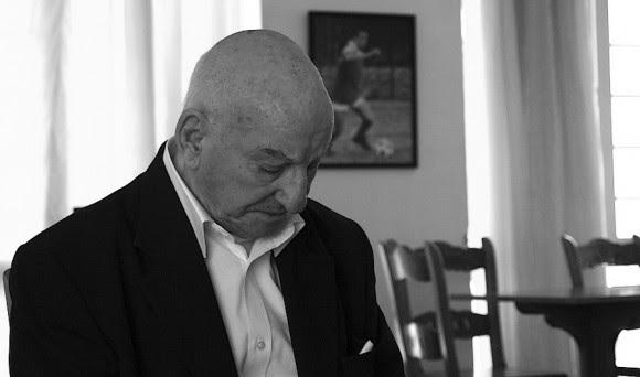 El dolor de un padre ante la muerte de su hijo. Foto: David Vázquez Abella/Cubadebate