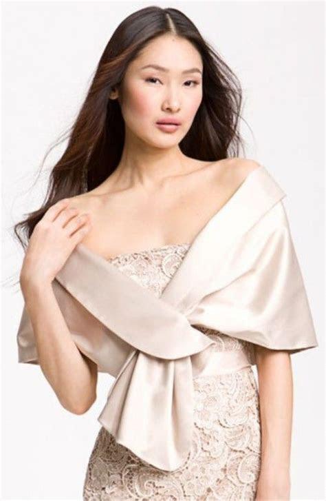 Best 25  Wedding shawl ideas on Pinterest   Winter wedding