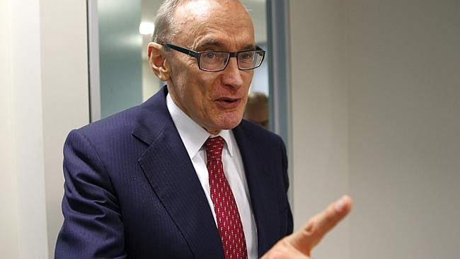 Bob Carr was drawing Labor back into its own divisions, preoccupation with marginal issue