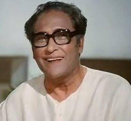 Ashok Kumar aka Kumudlal Ganguly