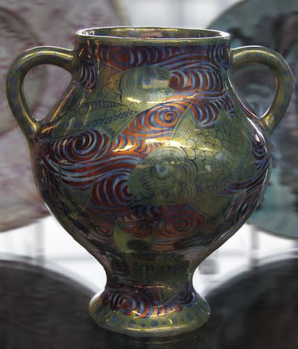 Vase - William De Morgan
