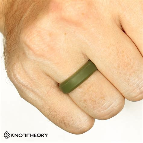Knot Theory Athletic Silicone Wedding Rings in Army Green