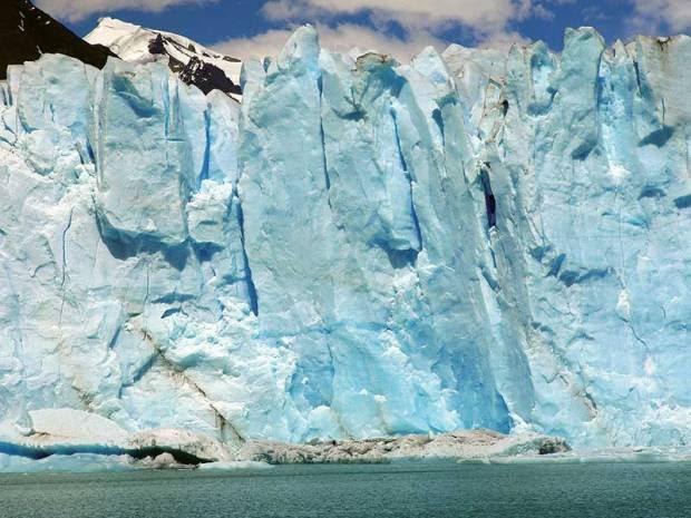 Tierra del Fuego, calving Moreno Glacier