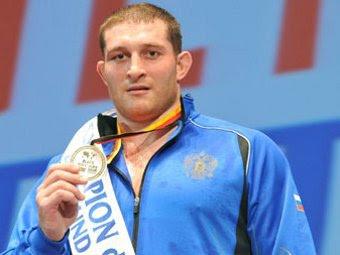 Хасан Бароев. Фото с официального сайта Федерации спортивной борьбы России