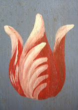 very simple red tulip