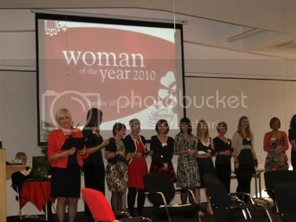 The finalists getting their checks1 Woman Of the Year 2010