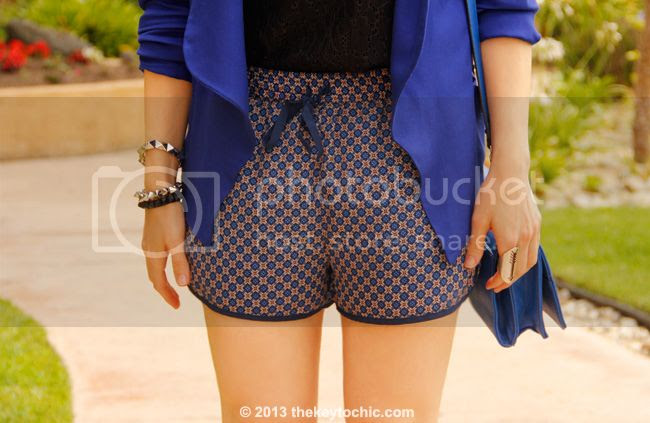 Los Angeles fashion blogger wearing Mossimo lace tank top, blue Wallis blazer, Forever 21 foulard print shorts, Merona bag,