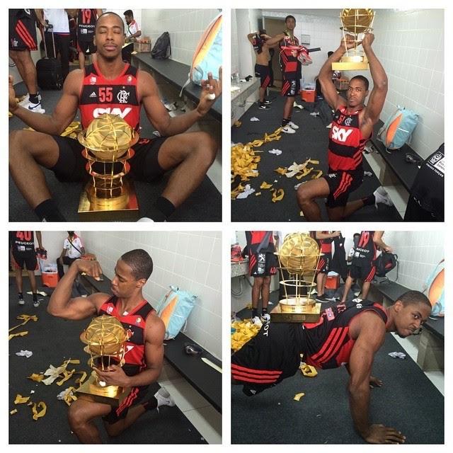 Jerome Flamengo campeão NBB 7 comemoração vestiário (Foto: Divulgação / Instagram)