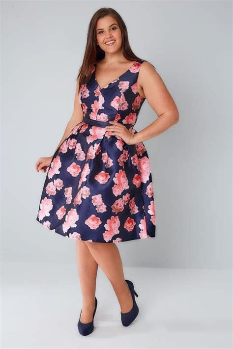 CHI CHI Navy & Pink Floral Dress With Plunge Front, Plus