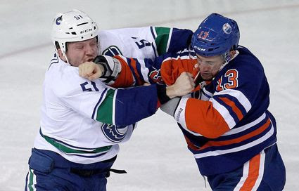 Pinizzotto Oilers fight photo Pinizzotto Oilers fight.jpg
