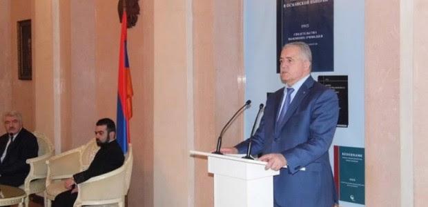 http://www.armradio.am/en/wp-content/uploads/2015/03/Armenian-genocide-book-3-620x300.jpg