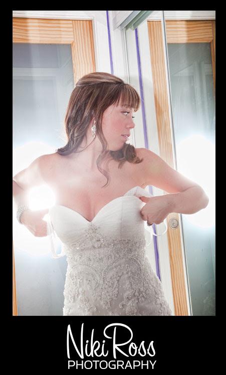 bride-gettingready