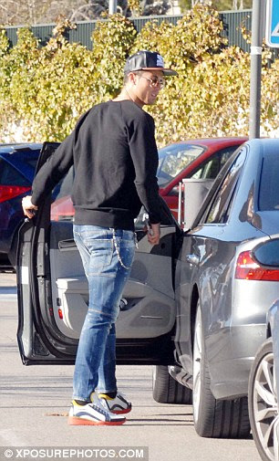 The popular star was approached by another admirer who was keen on speaking to Ronaldo