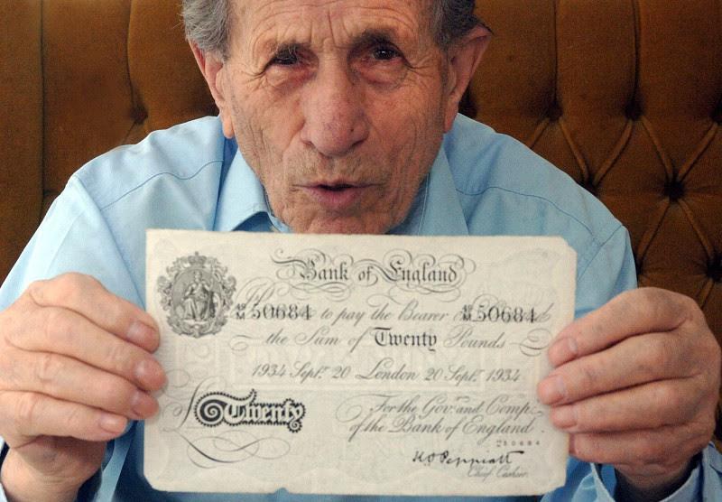 Morreu Adolf Burger, o falsificador judeu que denunciou a operação secreta alemã
