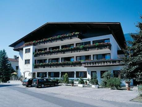 Hotel Zum Pinzger Reviews