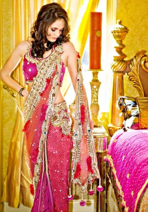 Bollywood Fashion Beautiful Glowing Saree
