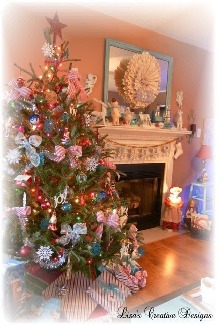 Cozy Cottage Christmas Tree  Living Room  raleigh  by Lisa39;s