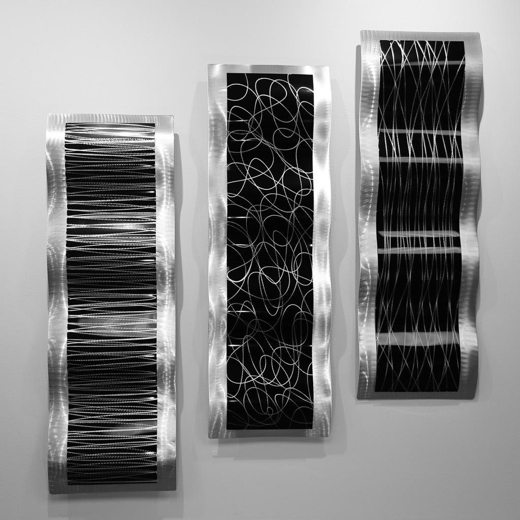 Black/Silver Modern Metal Wall Sculpture Accent ...