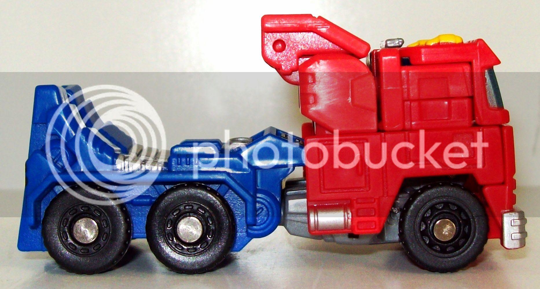 Optimus Prime Roller photo TF007_zpsd7985813.jpg