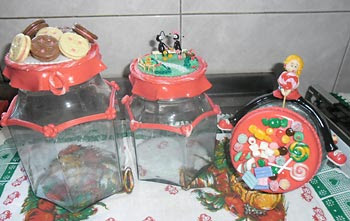 Potes novos decorados com biscuit