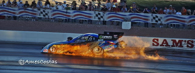 DRAGSTER ON FIRE