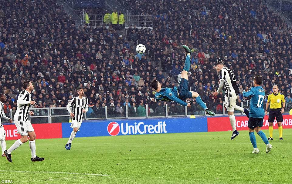 Ronaldo then smashed home an overhead kick to double Los Blancos' lead in emphatic fashion at the Allianz Stadium