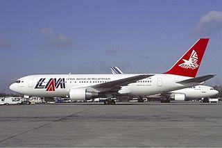 LAM 767-200ER in 1992 (C Volpati)